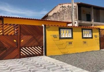 Casa em excelente localização em Paranaguá