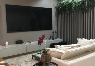 Sala/escritório com recepção/cozinha/sala reuniões
