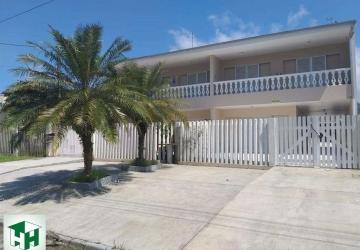 Caiobá, Casa com 5 quartos para alugar, 168 m2