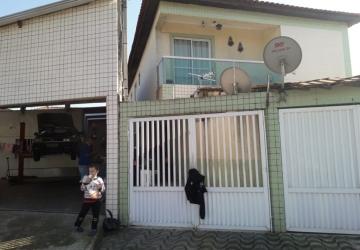 Casa sobreposta térrea