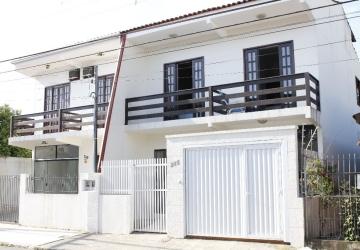 Nações, Casa com 2 quartos para alugar, 120 m2