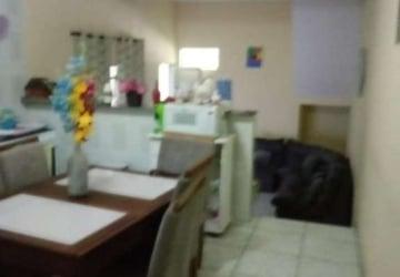 São Roberto (Jordanésia), Casa com 3 quartos à venda