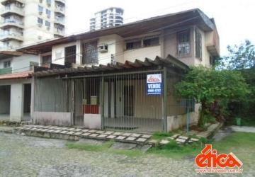 Batista Campos, Casa com 3 quartos à venda