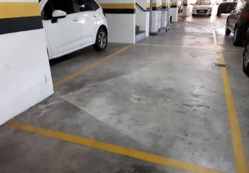 Bigorrilho, Garagem à venda, 21 m2