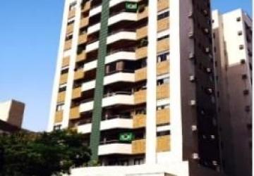 Centro, Apartamento com 4 quartos para alugar, 119 m2