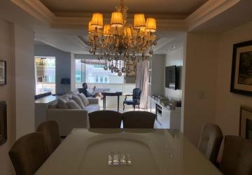 Centro, Apartamento com 3 quartos à venda, 151 m2