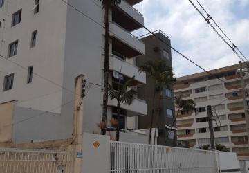 Caiobá, Apartamento com 3 quartos para alugar, 200 m2