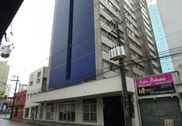 Ótimo  Apartamento 45m2, 01 dorm reformado 1 vaga de garagem, port 24h R$ 950,00 Centro - Curitiba