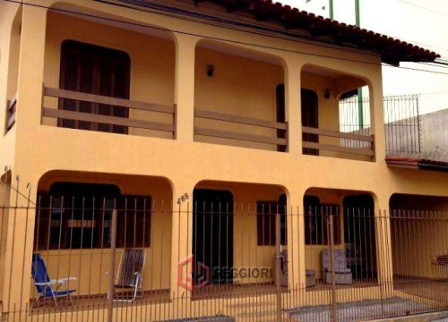 Casa com 6 quartos para alugar