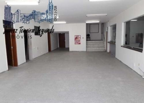Sala comercial com 11 salas para alugar