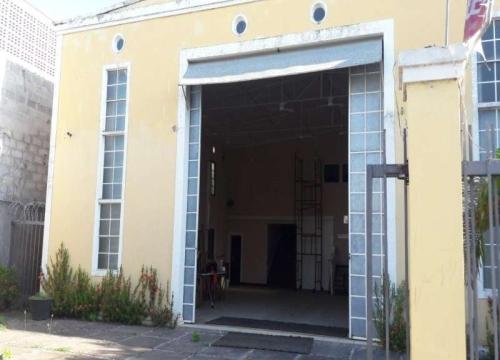 Barracão / Galpão / Depósito com 4 salas para alugar